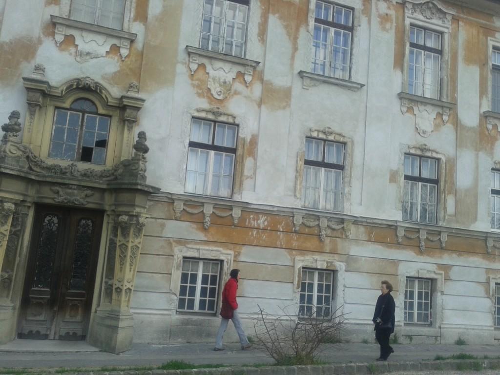 Worn down facades in Esytergom