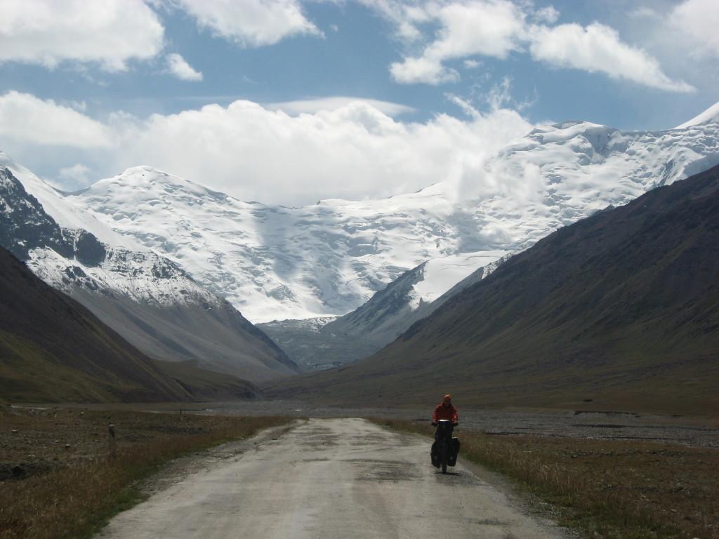 In no man's land - view towards Tadjikistan