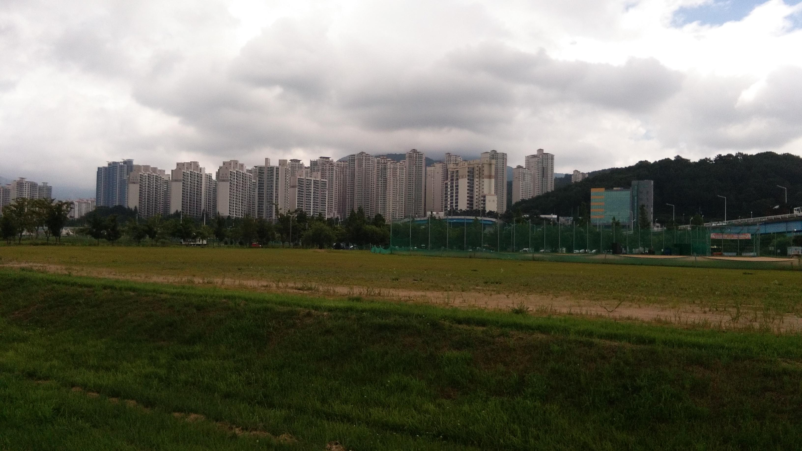 apartment buildings south korea